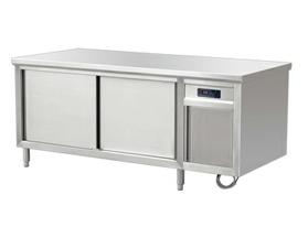 打荷台热柜